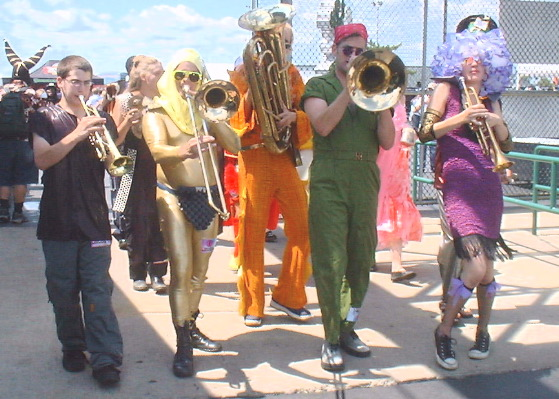 marching band dating website Marching band discord server feedback form multi-role flair request a place for all of us marching band geeks to get together and share spicy memes, help each other out, or just spread the love.